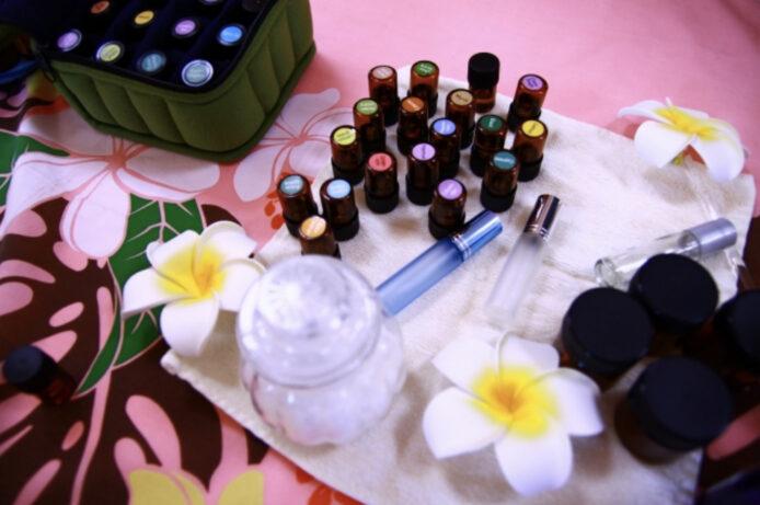 簡単♪精油を使った香水(アロマフレグランス)の作り方|レシピ付き
